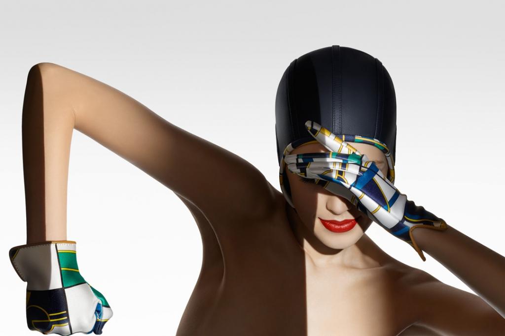 S A R A H - J A N E   H O F F M A N N Le Monde d'Hermès AW2015